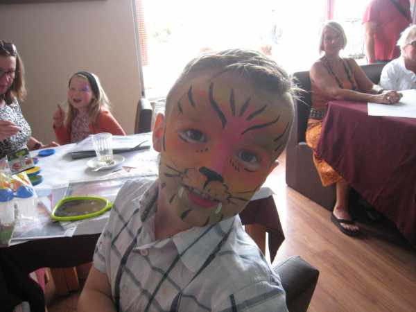 Macmillan Cancer Support Portugal Facepainting