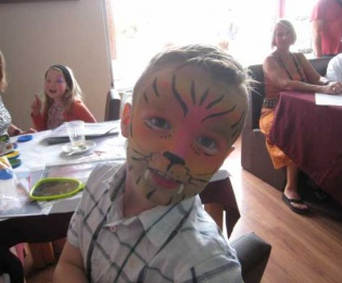 Macmillan Cancer Support Portugal Facepaintingnsp 190